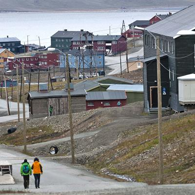 People walking in Longyearbyen